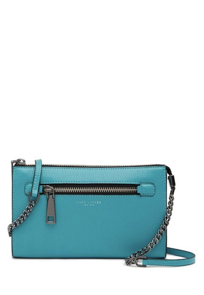 ecb9510605 Marc Jacobs Small Caribbean Leather Exterior Fabric Lining Cross ...