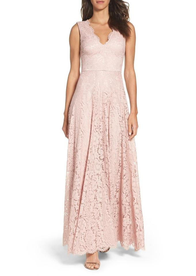 Vera Wang Blush Double V Lace Gown Long Formal Dress Size 6 (S ...