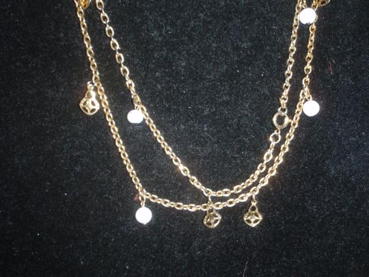Unkno Costume goldtone lone necklace