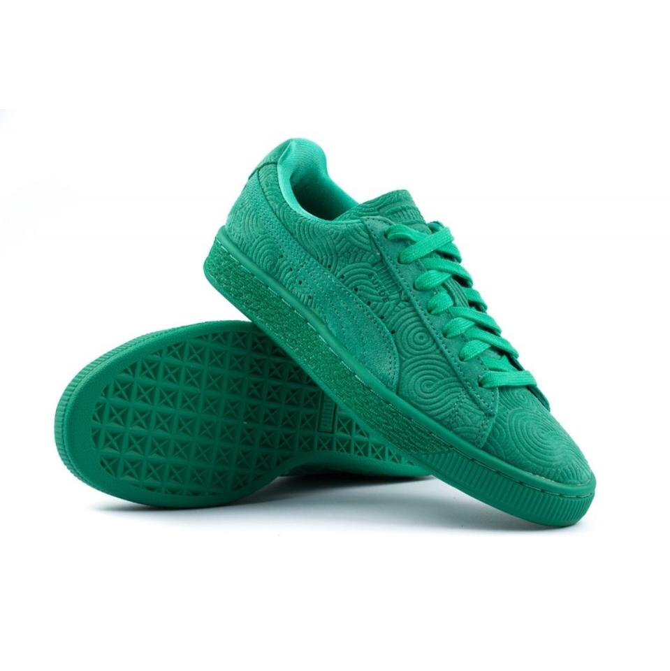 the latest 0f33f af835 Puma Green Classic Suede (Women's) Sneakers Size US 8 Regular (M, B) 39%  off retail