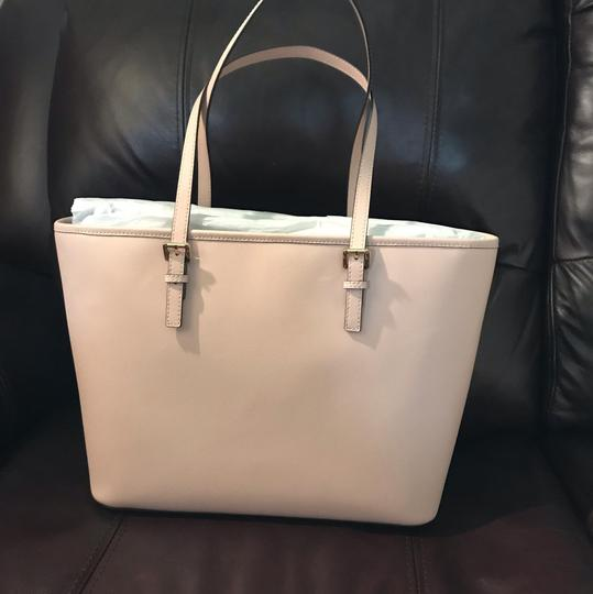 Michael Kors Tote in Dusty Pink Image 2