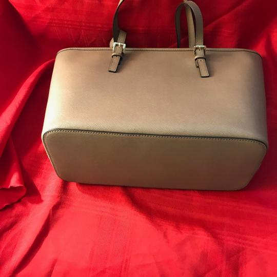 Michael Kors Tote in Dusty Pink Image 5