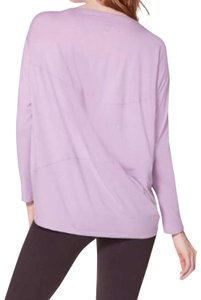 Lululemon NWT new lululemon back in action long sleeve lilac quartz size 10
