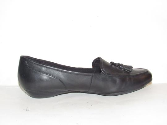 Etienne Aigner Square Pointy Toe Excellent Condition Chrome 'a' Charms 'jason' Style Bow Accent W Tassel black leather Flats Image 5