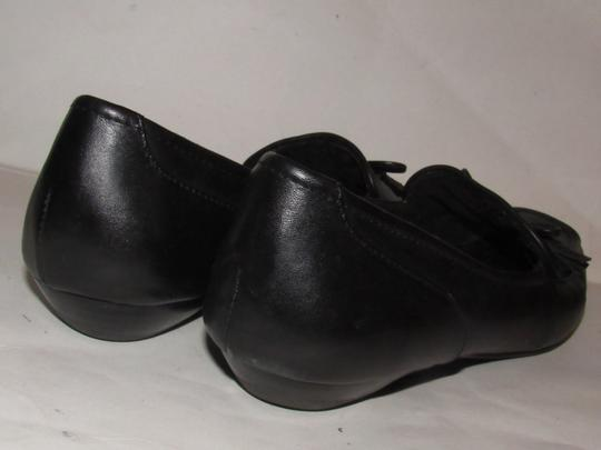 Etienne Aigner Square Pointy Toe Excellent Condition Chrome 'a' Charms 'jason' Style Bow Accent W Tassel black leather Flats Image 7