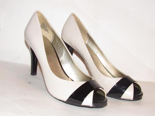 Anne Klein Open Toe Style Excellent Condition '7oakes' ivory leather and black patent leather Pumps Image 6