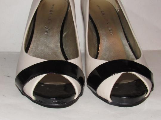 Anne Klein Open Toe Style Excellent Condition '7oakes' ivory leather and black patent leather Pumps Image 8
