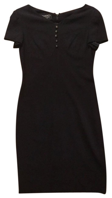 Preload https://img-static.tradesy.com/item/23468628/chanel-navy-boutique-signature-cc-button-mid-length-workoffice-dress-size-8-m-0-4-650-650.jpg