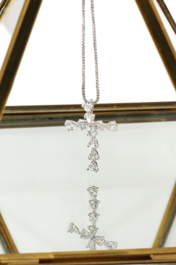 Ocean Fashion Sterling silver Crystal cross necklace Image 2