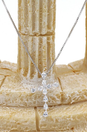 Ocean Fashion Sterling silver Crystal cross necklace Image 3