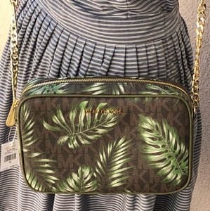 Michael Kors Jet Set Leaf Signature Cross Body Bag