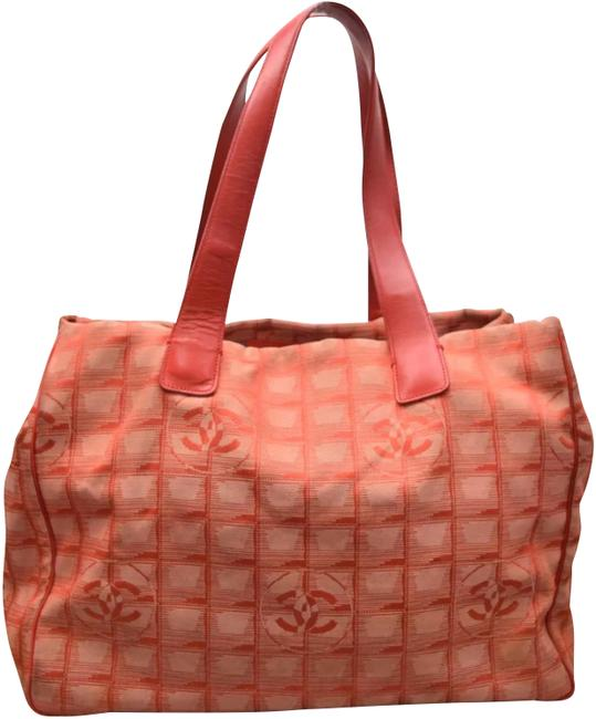 Item - Rare Cc Travel Line Red Jaquard + Leather Tote