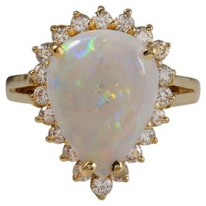 Other 2.75 Carats Natural Ethiopian Opal and Diamond 14K Yellow Gold Ring