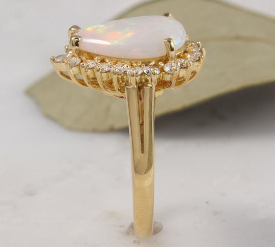 Other 2.75 Carats Natural Ethiopian Opal and Diamond 14K Yellow Gold Ring Image 4