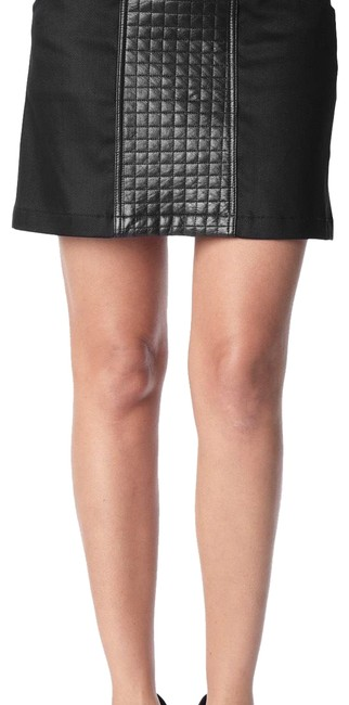 Preload https://img-static.tradesy.com/item/23469477/7-for-all-mankind-a-line-quilted-leather-skirt-size-00-xxs-24-0-2-650-650.jpg
