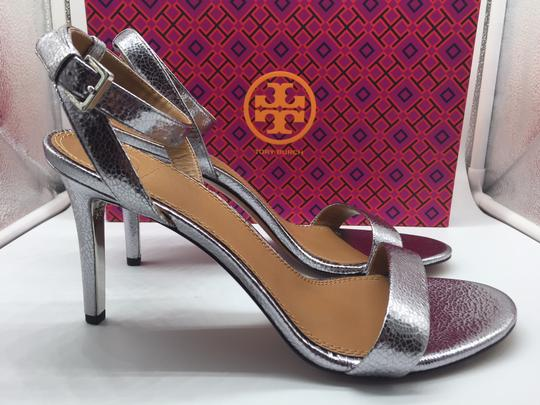 Tory Burch Metallic Leather Heels Ankle Strap Silver Sandals Image 5