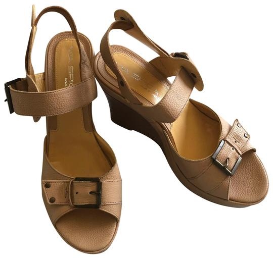 Preload https://img-static.tradesy.com/item/23470013/via-spiga-tan-new-buckle-wedge-sandals-platforms-size-us-85-regular-m-b-0-2-540-540.jpg