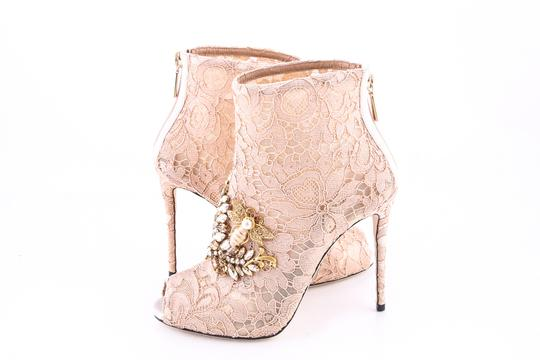 Preload https://img-static.tradesy.com/item/23470567/dolce-and-gabbana-beige-dolce-and-gabbana-lace-ankle-boots-nude-beige-pumps-size-us-75-regular-m-b-0-0-540-540.jpg