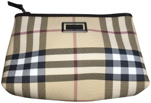 Burberry Brand new Burberry Plaid cosmetic case