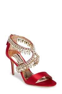 Badgley Mischka Red Grammy Satin Crystal Embellished Sandals Size US 8.5 Regular (M, B)