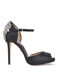 Badgley Mischka Black Dawn Satin Crystal Embellished Platform Pumps Size US 7.5 Regular (M, B)