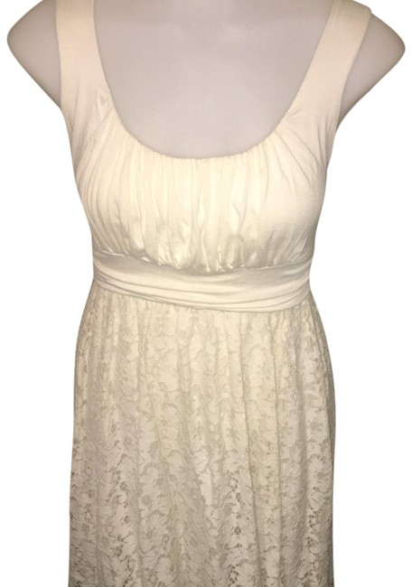 Preload https://img-static.tradesy.com/item/23472051/soprano-ivory-lacey-mid-length-cocktail-dress-size-8-m-0-1-650-650.jpg