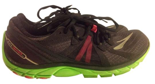Preload https://item4.tradesy.com/images/brooks-black-with-lime-green-and-pink-barefoot-running-sneakers-size-us-85-regular-m-b-2347288-0-0.jpg?width=440&height=440
