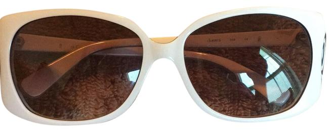 Item - Black and White With Vera Case Sunglasses