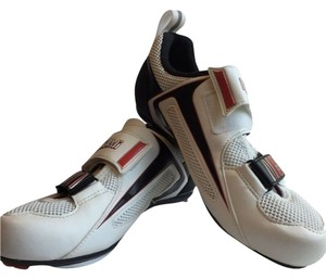 Pearl Izumi White/Red/Black Athletic