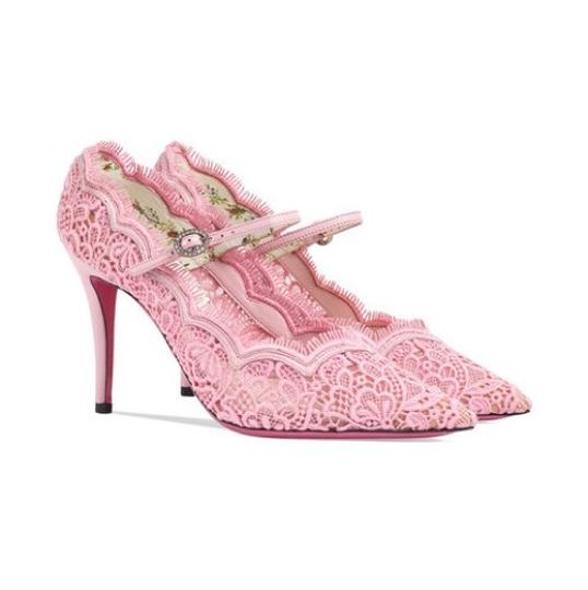 Preload https://item4.tradesy.com/images/gucci-virginia-lace-pumps-size-eu-415-approx-us-115-regular-m-b-23476248-0-0.jpg?width=440&height=440