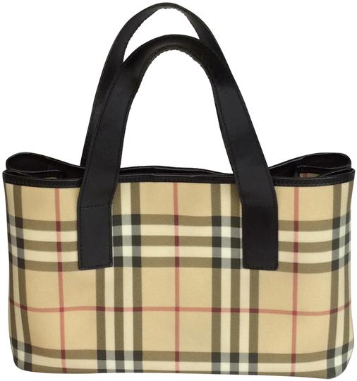 Preload https://img-static.tradesy.com/item/23476308/burberry-london-tote-biege-black-leather-satchel-0-2-540-540.jpg