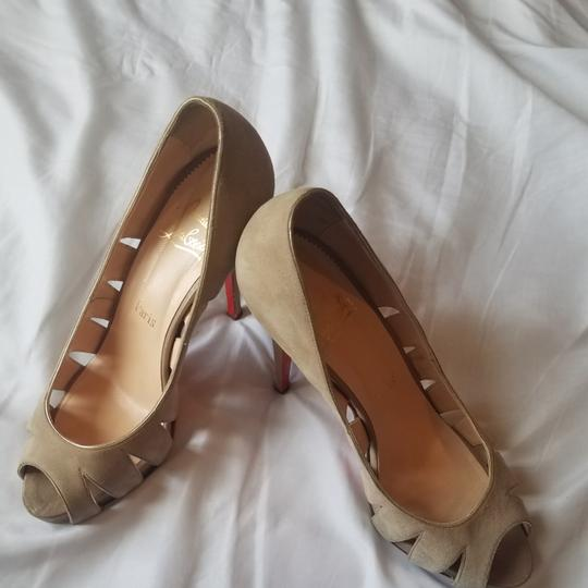 Preload https://item4.tradesy.com/images/christian-louboutin-taupe-fontanete-suede-365-6-pumps-size-eu-405-approx-us-105-regular-m-b-23476363-0-4.jpg?width=440&height=440