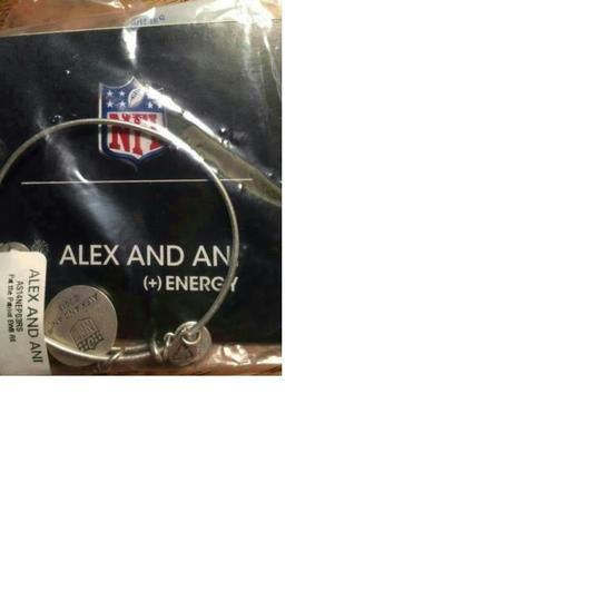 Alex and Ani AS14NEP03RG Pat the Patriot New England Bracelet Russian Gold