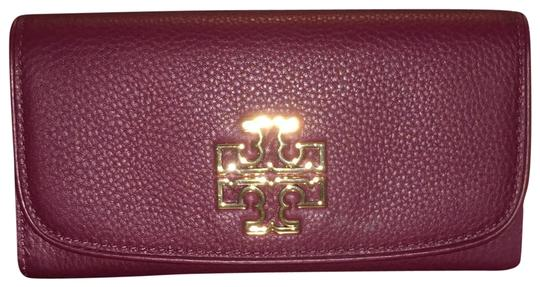 Preload https://img-static.tradesy.com/item/23476439/tory-burch-red-agate-britten-duo-envelope-continental-wallet-0-1-540-540.jpg