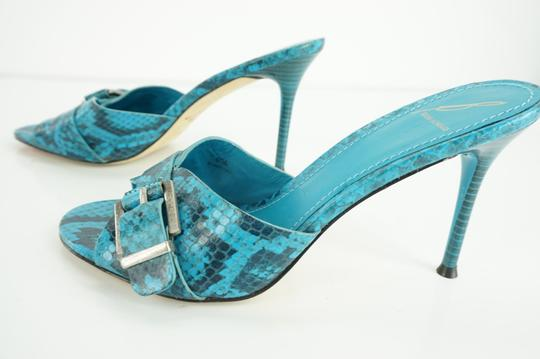 B Brian Atwood Buckle Mule Snake Print Party Beach Blue Sandals
