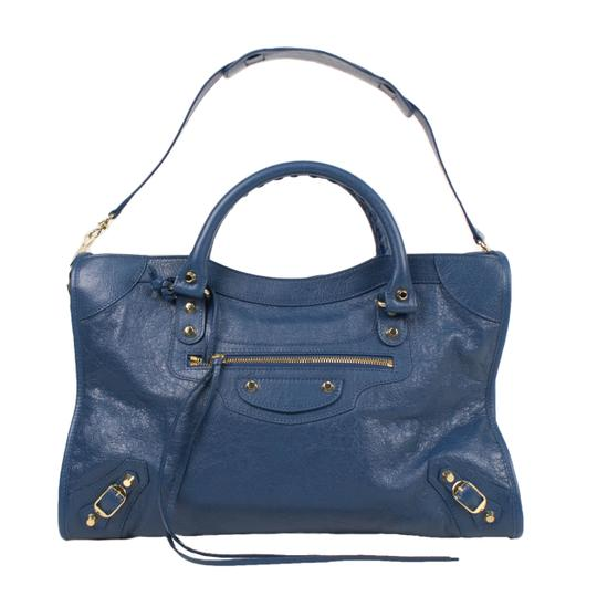 Preload https://item4.tradesy.com/images/balenciaga-classic-city-arena-blue-leather-shoulder-bag-23476518-0-0.jpg?width=440&height=440