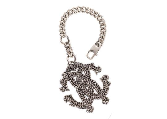 Preload https://item1.tradesy.com/images/roberto-cavalli-silver-grained-logo-cuban-link-keychain-j154-necklace-23476625-0-0.jpg?width=440&height=440