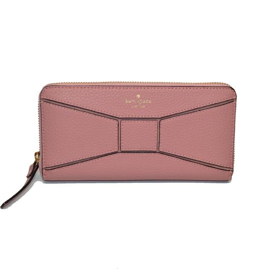 Preload https://item1.tradesy.com/images/kate-spade-rose-frost-neda-bridge-place-zip-around-pebble-wallet-23476915-0-1.jpg?width=440&height=440