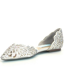 Betsey Johnson Ivory Blue By Lucy Rhinestone-embellished Satin D'orsay Flats Formal Size US 8 Regular (M, B)