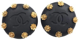 Chanel Chanel Vintage Gold Plated Mini Flower Black CC Large Clip on Earrings