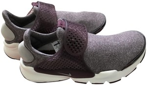 Nike Sock Sneaker New night maroon Athletic