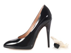 Gucci Rounded Toes Leather Stiletto Pearl Accent Gc.p0326.06 black Pumps