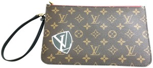 Louis Vuitton Neverfull World Tour Clutch Pochette Wristlet in Monogram