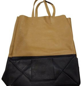 Céline Tote in beige and blue (looks black)