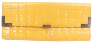 Chanel yellow Clutch