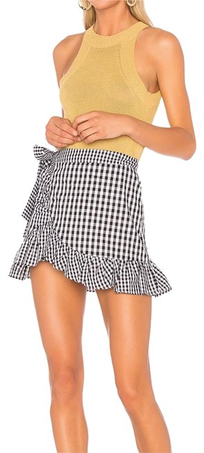 Preload https://img-static.tradesy.com/item/23480448/lovers-friends-black-and-white-gingham-cinci-skirt-size-4-s-27-0-1-650-650.jpg