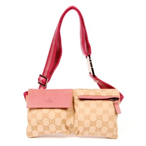 Gucci Fanny Packs - Up to 70% off at Tradesy