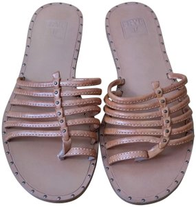 Frye Leather Tan Sandals