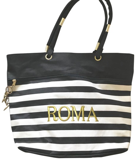 Preload https://img-static.tradesy.com/item/23483084/white-beach-shopper-black-cotton-tote-0-1-540-540.jpg