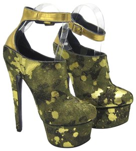 London Trash Wynne High Heel Pump Camo Platforms